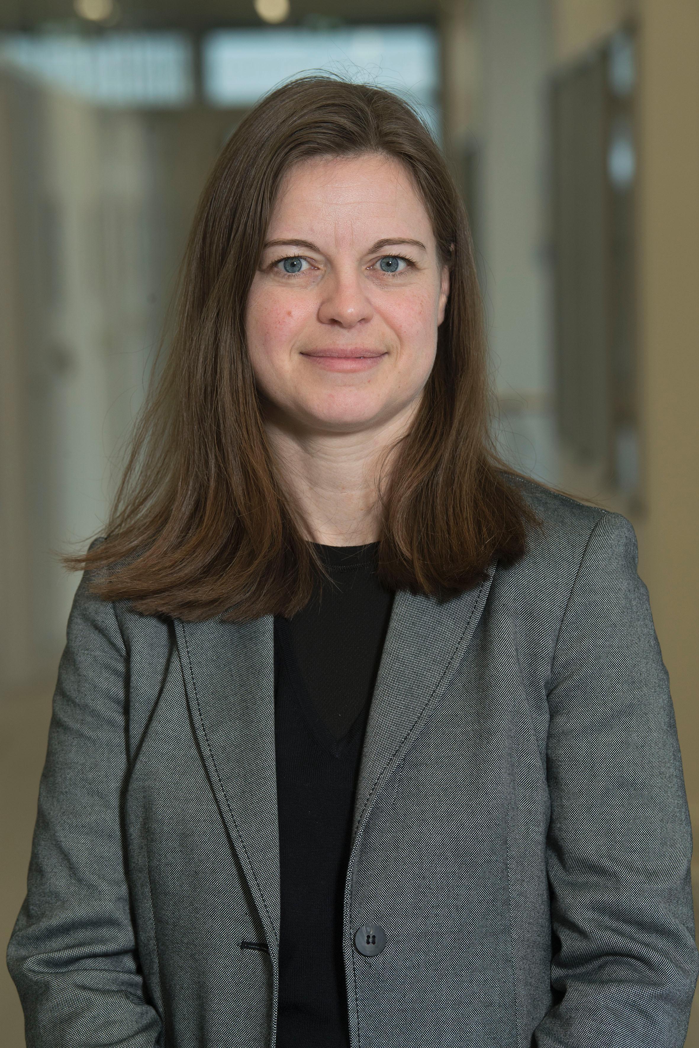 Ann Louise Henriksen